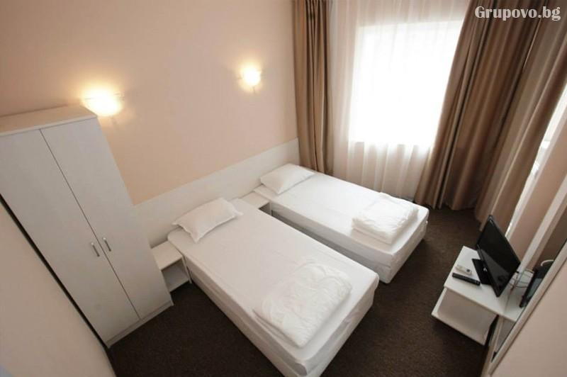 Лято в Слънчев бряг! Нощувка на човек, на база All Inclusive + басейн в луксозния хотел Съни Бюти Палас****, снимка 7