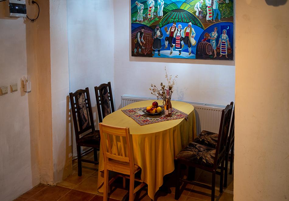 Нощувка на човек от Винената къща, Велико Търново, снимка 27