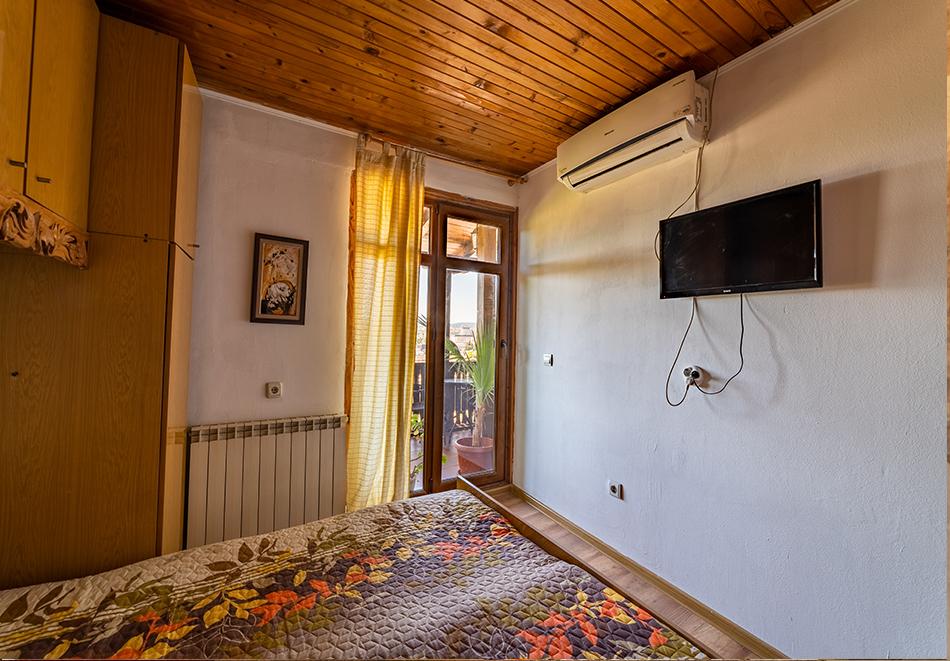 Нощувка на човек от Винената къща, Велико Търново, снимка 4