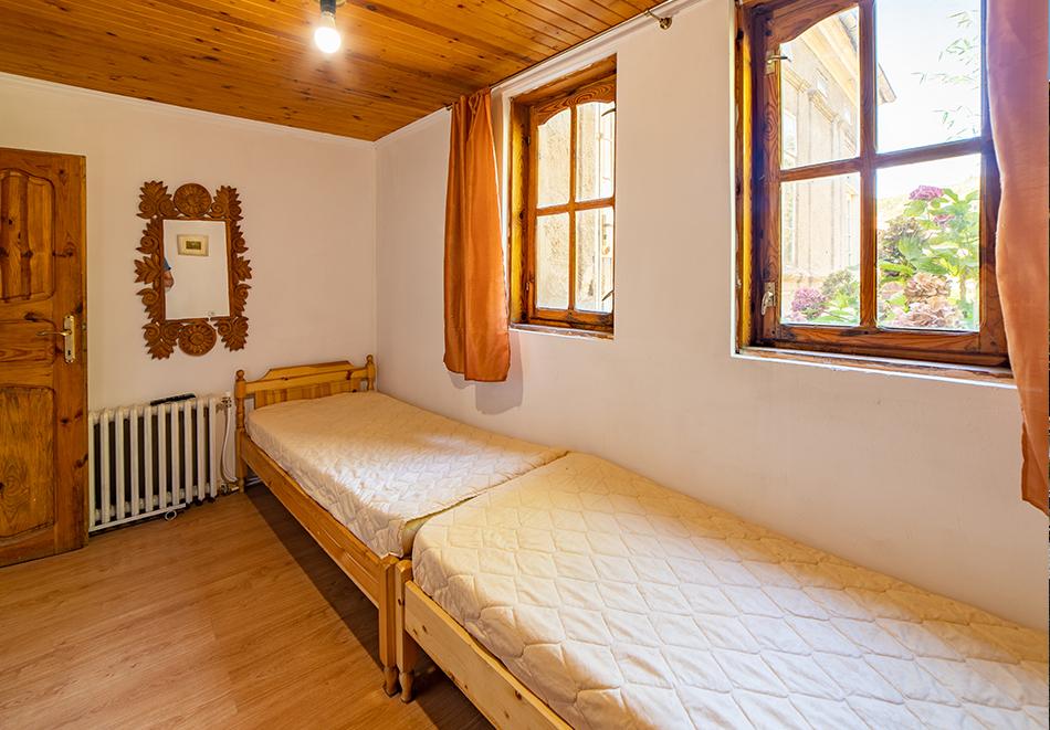 Нощувка на човек от Винената къща, Велико Търново, снимка 8