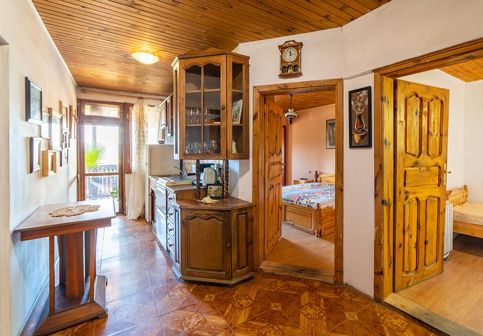 Нощувка на човек от Винената къща, Велико Търново, снимка 21