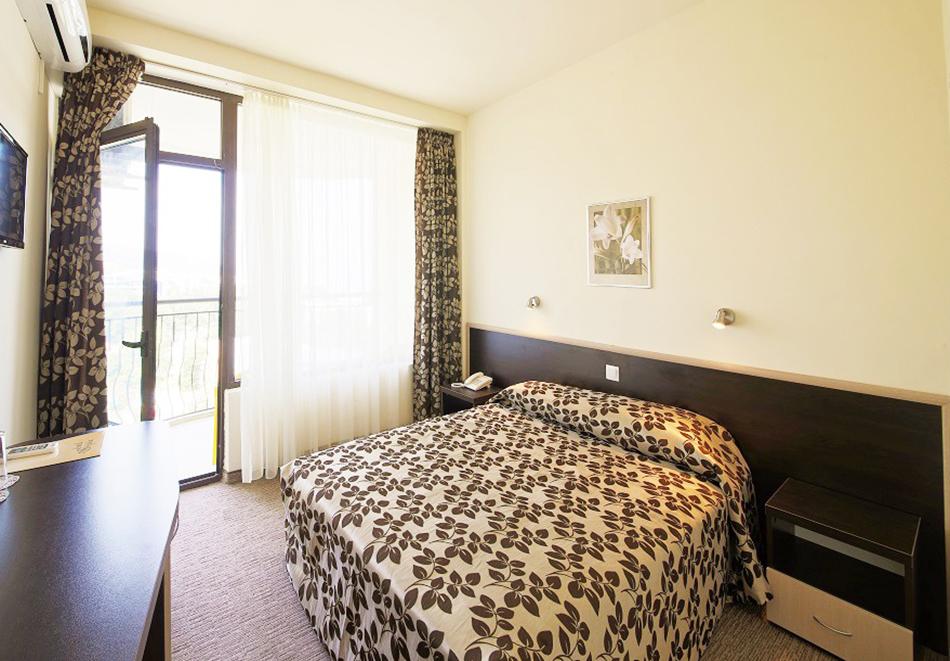 Нощувка на човек на база All inclusive + басейн и СПА в хотел Шипка 4*, к.к. Златни Пясъци, снимка 8