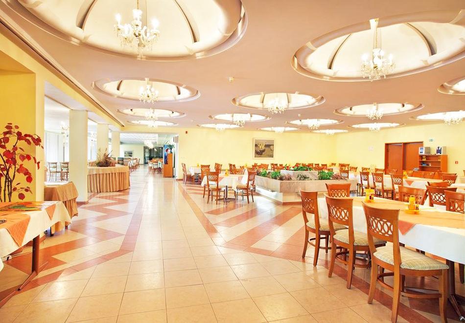 Нощувка на човек на база All inclusive + басейн и СПА в хотел Шипка 4*, к.к. Златни Пясъци, снимка 10