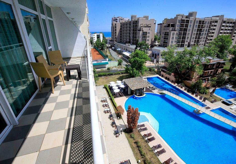 Нощувка на човек на база All Inclusive + басейн от Гранд хотел Оазис, само на 80 м. от плажа в Слънчев Бряг. БЕЗПЛАТНО - дете до 11.99г., снимка 20