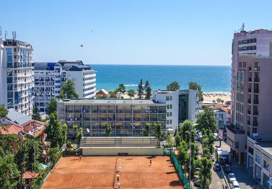 Нощувка на човек на база All Inclusive + басейн от Гранд хотел Оазис, само на 80 м. от плажа в Слънчев Бряг. БЕЗПЛАТНО - дете до 11.99г., снимка 21