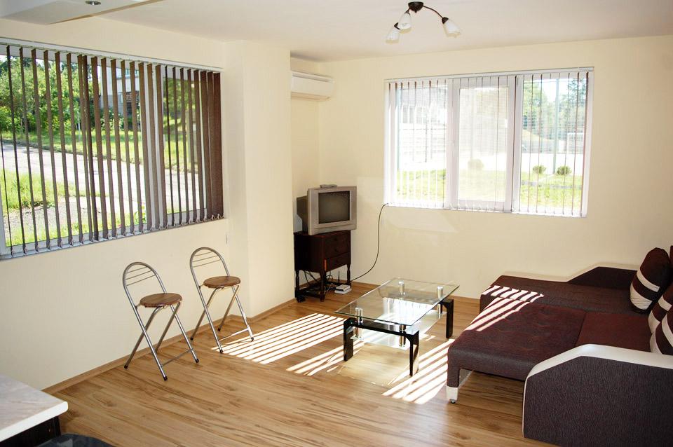 Нощувка в апартамент за четирима в Стаи за гости Трявна, гр.Трявна, снимка 4