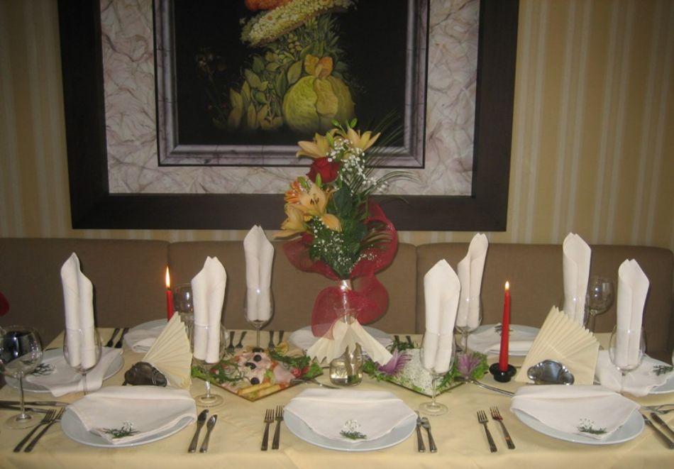 Нова година в Банско! 3 или 4 нощувки на човек със закуски и вечери, едната празнична + басейн и СПА в Парк хотел Гардения****, снимка 14