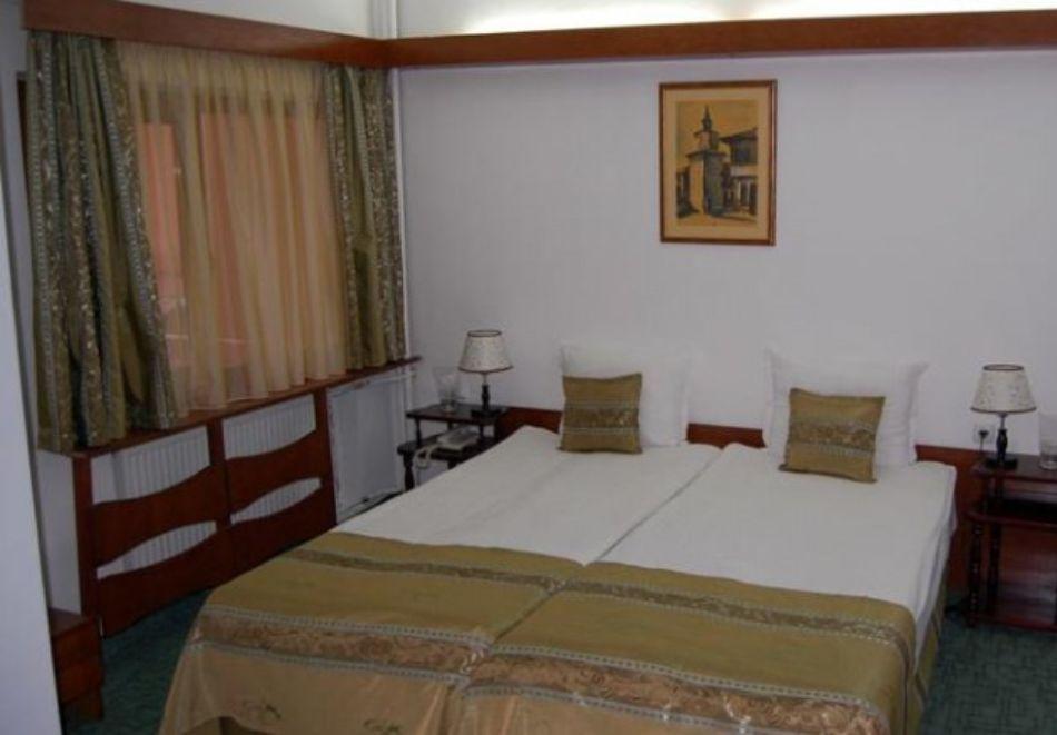 Нова година в хотел Трявна! 2, 3 или 4 нощувки на човек със закуски и вечери, едната празнична + релакс зона, снимка 6