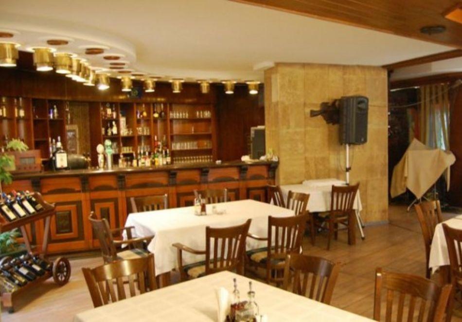 Нова година в хотел Трявна! 2, 3 или 4 нощувки на човек със закуски и вечери, едната празнична + релакс зона, снимка 8
