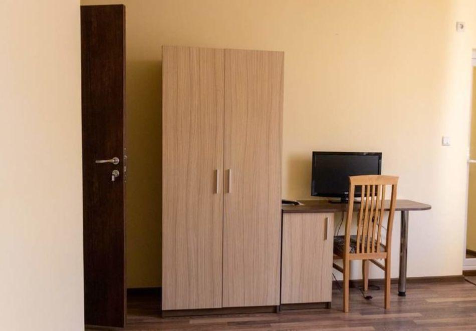 2 или 3 нощувки на човек със закуски и вечери от стаи за гости Антик**, Дряново, снимка 7