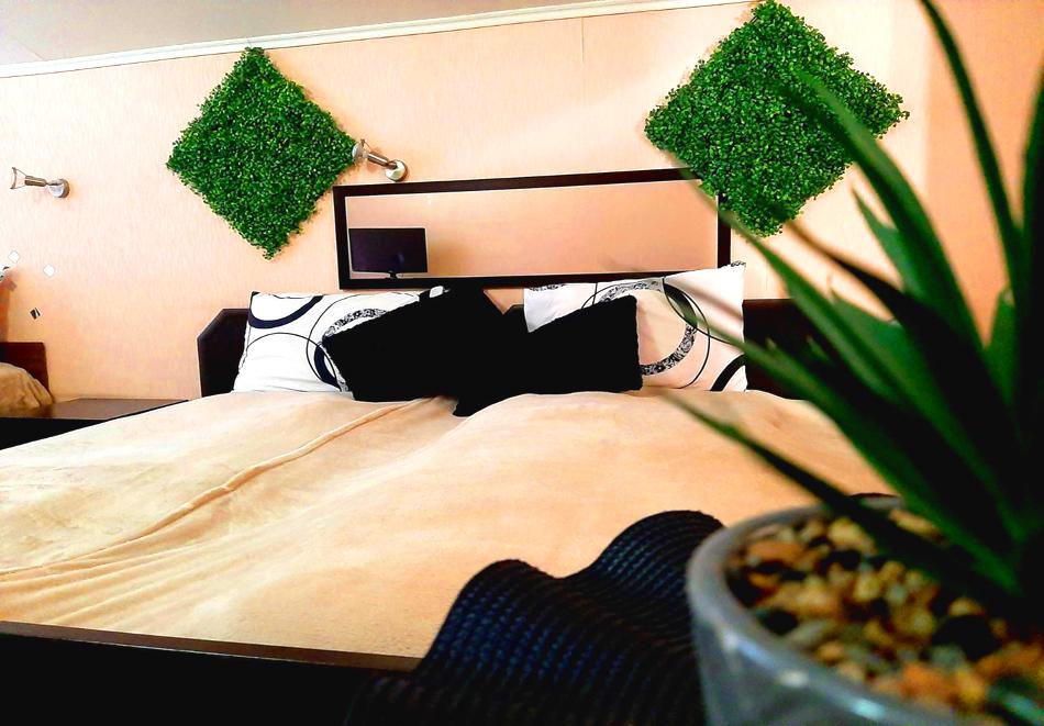 Нощувка на човек със закуска и вечеря от къща за гости Фантазия, Сапарева баня, снимка 7