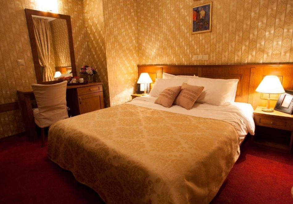 Нощувка на човек със закуска и вечеря + релакс пакет в Семеен хотел Маунтин Бутик, Девин, снимка 8