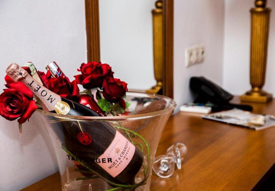 Нощувка на човек със закуска и вечеря + релакс пакет в Семеен хотел Маунтин Бутик, Девин, снимка 18
