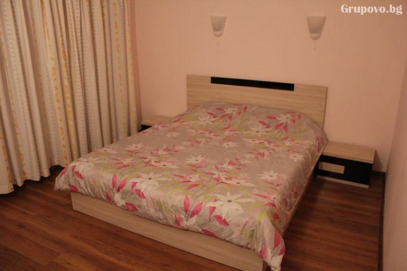 Нощувка на човек от къща за гости Стелс, Кранево, снимка 5