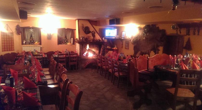 Коледа в хотел Белона, Чепеларе! 3 или 4 нощувки на човек със закуски и вечери, едната празнична, снимка 4