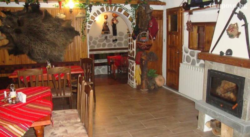 Нощувка на човек със закуска и вечеря в къща за гости Планински Здравец, Банско. Дете до 13г. - БЕЗПЛАТНО!, снимка 3