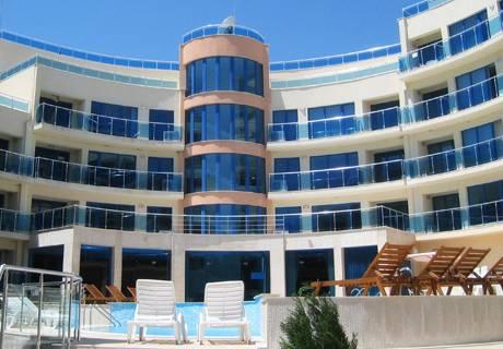 Хотел Аквамарин, Обзор