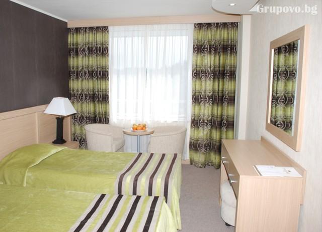 2 нощувки на човек със закуски и вечери + басейн и релакс зона от Гранд хотел Мургавец****, Пампорово, снимка 8