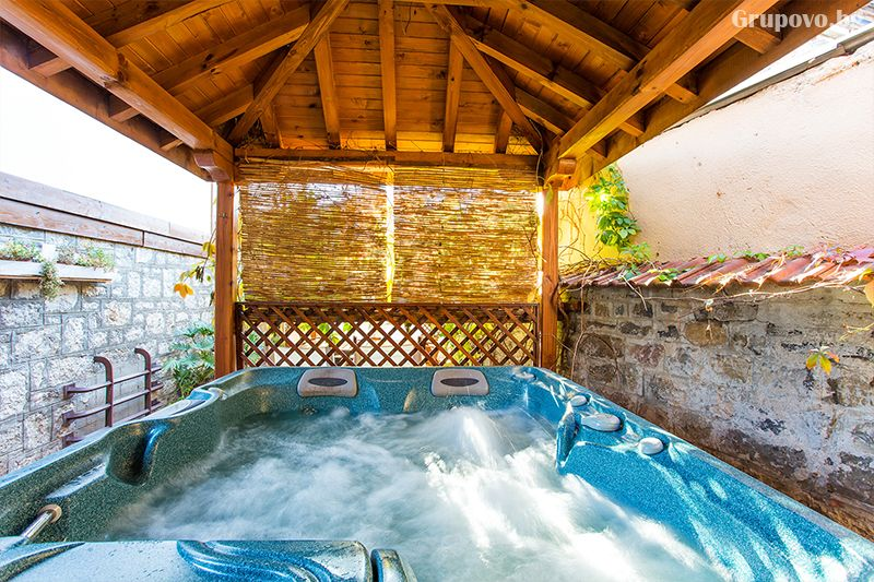 Нощувка на човек със закуска, обяд* и вечеря + джакузи, сауна и възможност за ползване на басейн от хотел Тетевен, снимка 5