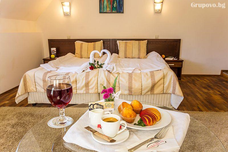 Нощувка на човек със закуска, обяд* и вечеря + сауна в хотел Тетевен, снимка 6