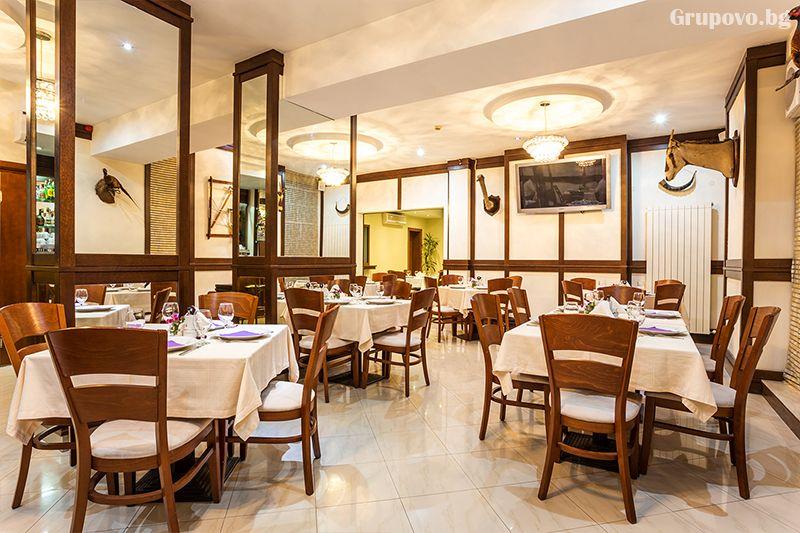 Нощувка на човек със закуска, обяд* и вечеря + сауна в хотел Тетевен, снимка 9