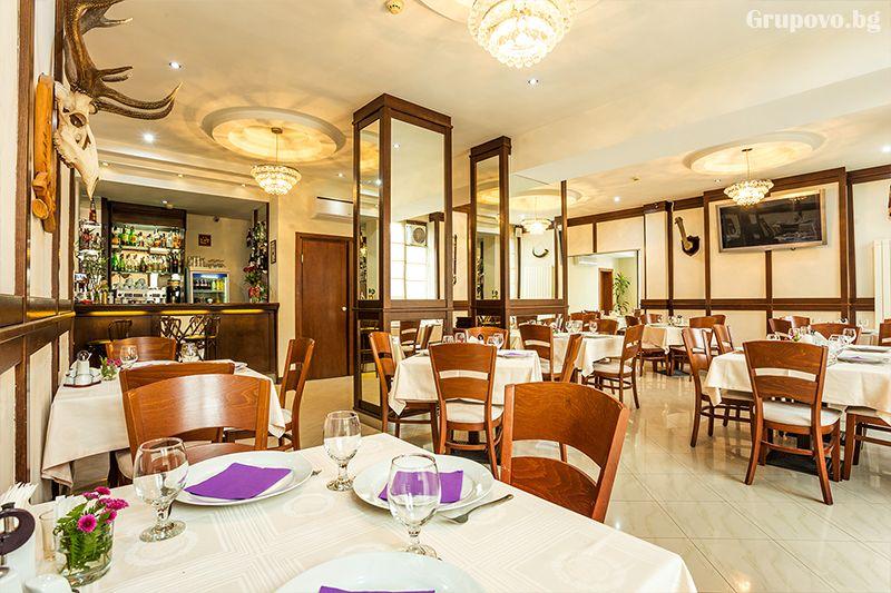 Нощувка на човек със закуска, обяд* и вечеря + сауна в хотел Тетевен, снимка 10