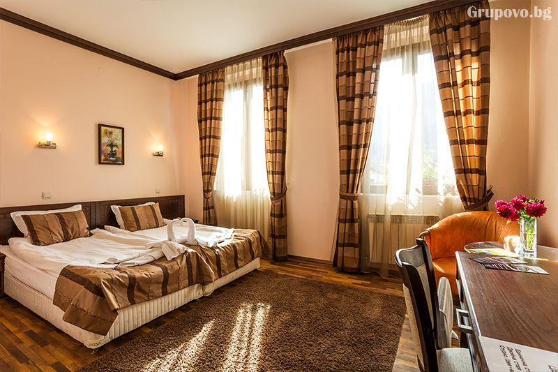 Нощувка на човек със закуска, обяд* и вечеря + сауна в хотел Тетевен, снимка 8
