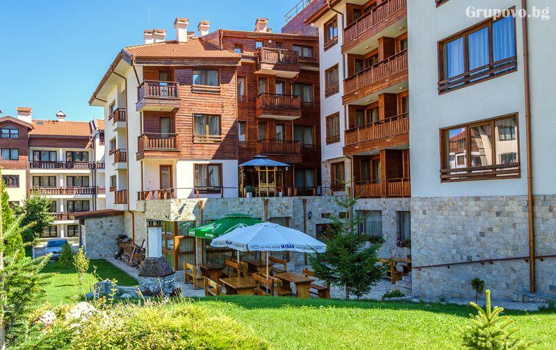 Нощувка на човек в едноспален апартамент със закуска + отопляем басей  и релакс зона в хотел Евъргрийн, Банско, снимка 2
