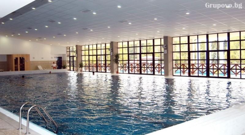 СПА почивка в Девин! Нощувка на човек със закуска + басейн с минерална вода от СПА хотел Орфей 5*, снимка 3