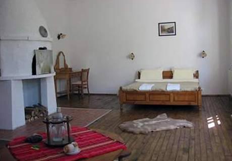Великден в Свищов. 2 или 3 нощувки на човек със закуски и вечери + празничен обяд + горещо джакузи в комплекс Манастира, снимка 12