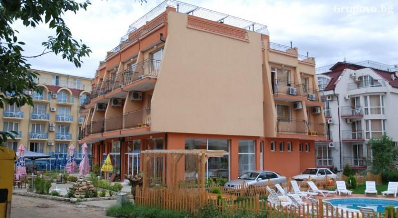 Лято 2021 на 40 метра от плажа в Равда! 5 или 7 нощувки на човек със закуски и вечери в хотел Германа Бийч, снимка 3