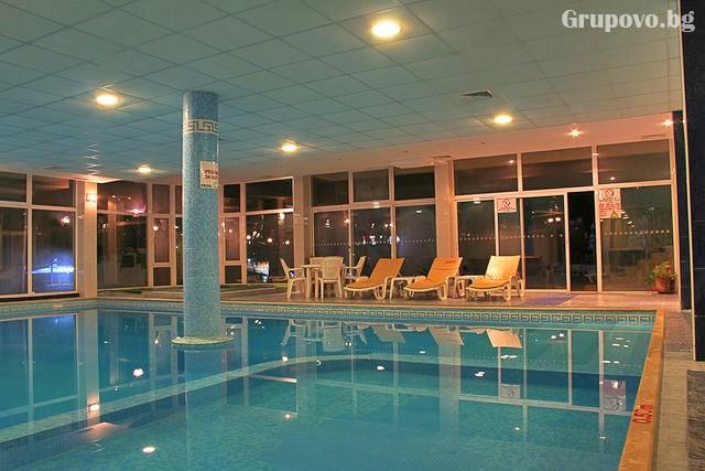Нощувка на човек на база All inclusive + басейн и СПА в хотел Шипка 4*, к.к. Златни Пясъци, снимка 3