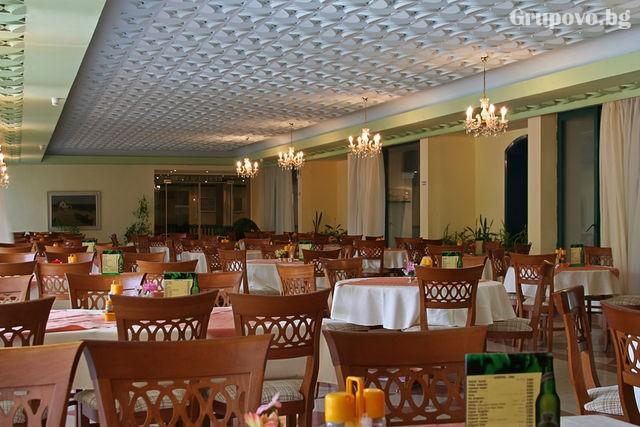 Нощувка на човек на база All inclusive + басейн и СПА в хотел Шипка 4*, к.к. Златни Пясъци, снимка 9