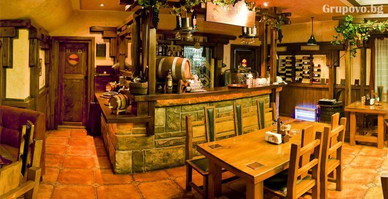 Нова година в Луковит! 2 или 3 нощувки на човек със закуски и вечери, едната празнична в ресторант Атриум + басейн и СПА зона от хотел Дипломат Плаза****, снимка 5