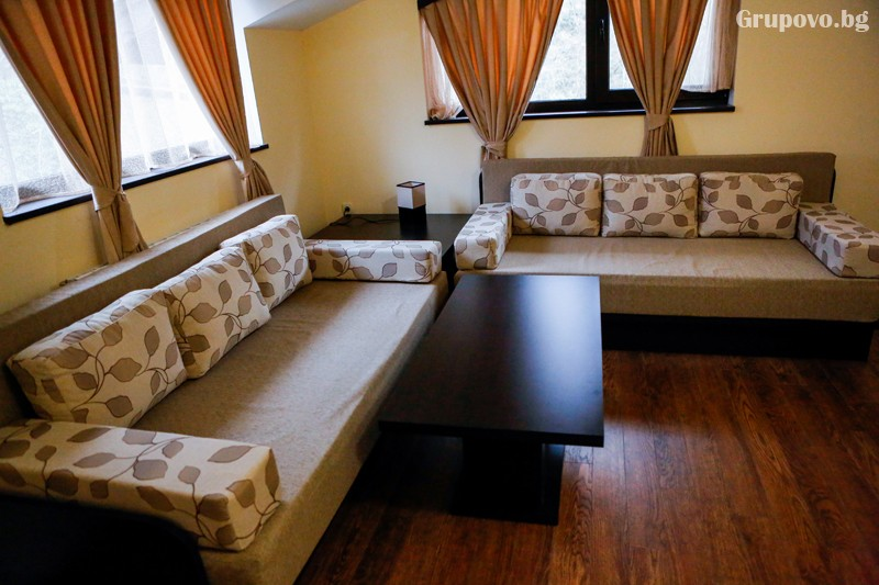Нощувка на човек със закуска и вечеря + минерален басейн от хотел СПА Оазис, Огняново, снимка 6