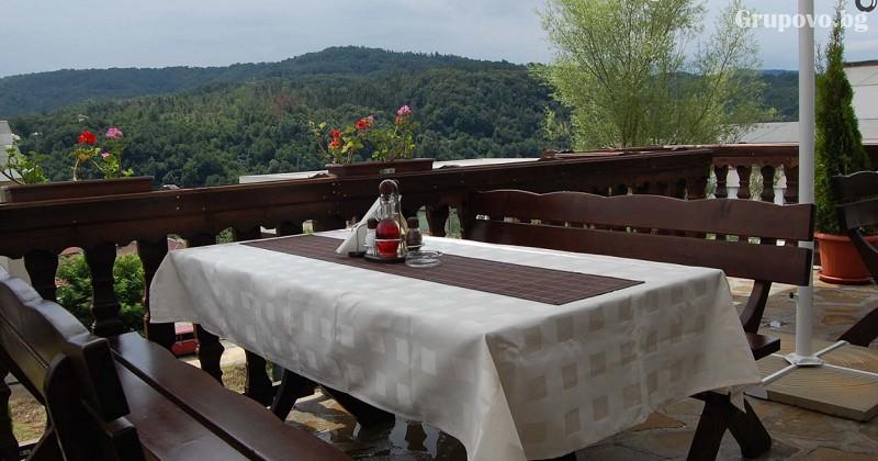 Нощувка на човек със закуска и вечеря* в хотел Бела, Трявна, снимка 11