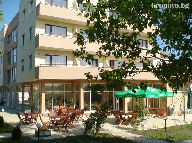 Хотел Черноморец, Шкорпиловци