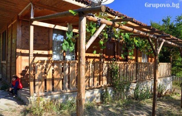 Релакс в Сливенския Балкан - Медвен! Нощувка, закуска и вечеря + басейн в Еко селище Синия Вир, снимка 3