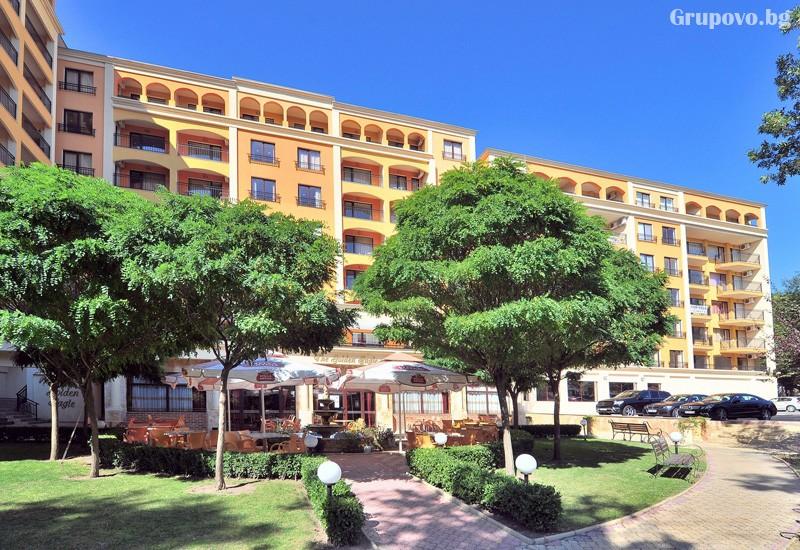 Нощувка за 3-ма възрастни + 1 или 2 деца до 12.99г. в самостоятелен апартамент от хотел Парадайз Грийн парк, ***, Златни пясъци, снимка 24