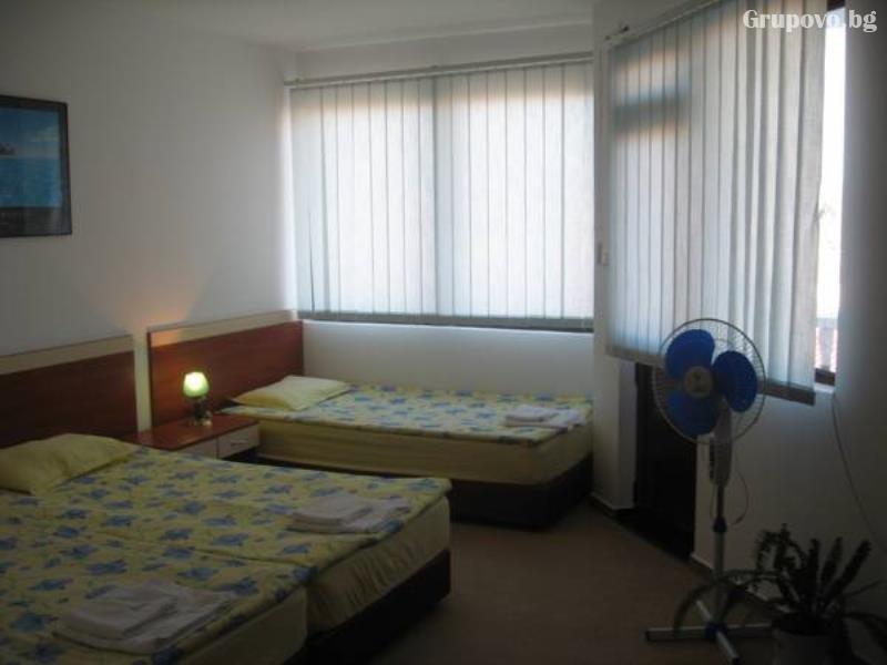 Хотел Мари, Равда, снимка 4