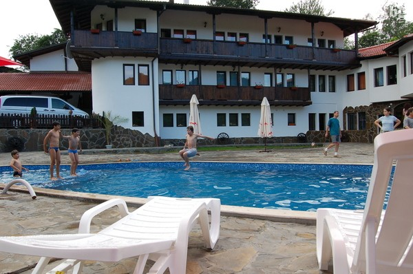 Хотел Костел, Елена, снимка 4
