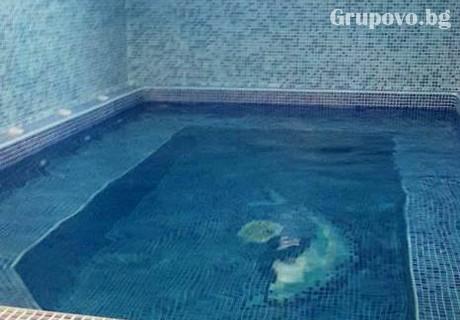 Делник в Копривщица. Нощувка на човек със закуска и вечеря + басейн само за 39 лв. в Тодорини къщи, снимка 4