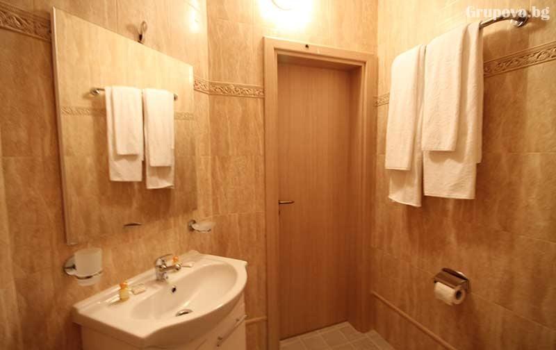 Хотел Севън Сийзънс, с. Баня, снимка 13