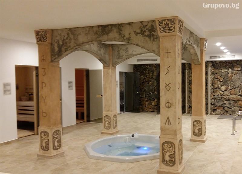 Нощувка на човек + басейн, джакузи и релакс център в културно-исторически комплекс Стара Плиска, снимка 6