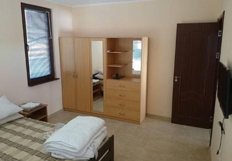 Релакс в Средна Гора! Наем на напълно оборудвана къща с капацитет 8 човека в къщи за гости Аргирови., снимка 11
