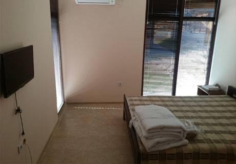 Релакс в Средна Гора! Наем на напълно оборудвана къща с капацитет 8 човека в къщи за гости Аргирови., снимка 6