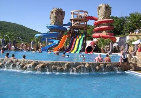 Ранни записвания за лято 2021 на първа линия в Елените! Нощувка на човек на база All Inclusive + басейн и аквапарк в Андалусия Бийч. Дете до 12г. безплатно!, снимка 3
