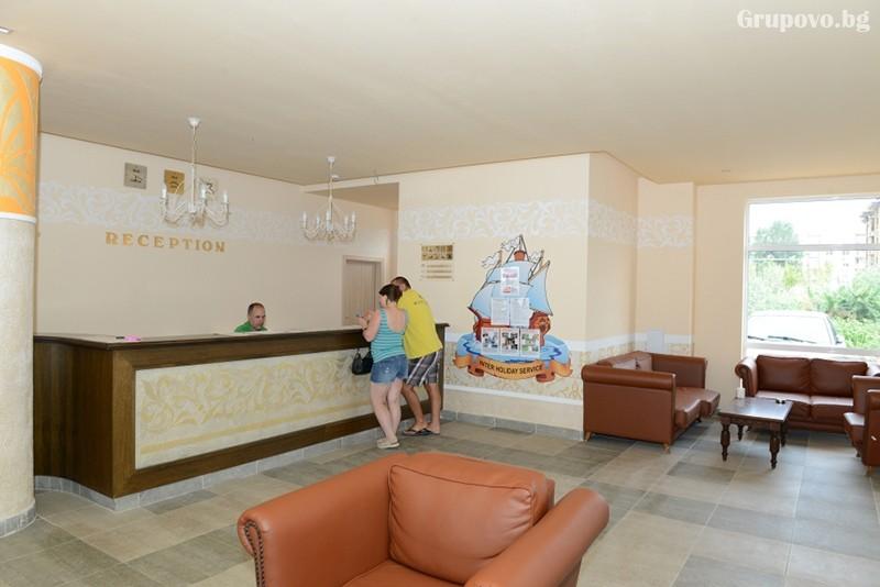 3+ нощувки на човек със закуски + басейн и детска анимация в пансион Тийн Палас, Слънчев Бряг, снимка 11