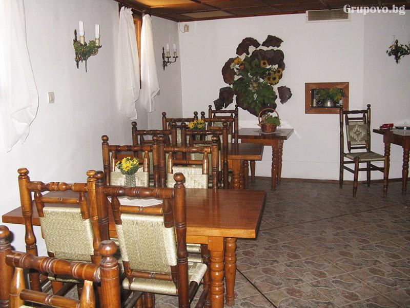 Нощувка на човек само за 22 лв. в хотел Калина, Копривщица, снимка 6