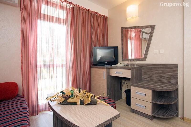 Нощувка на човексъс закуска + БАСЕЙН и АКВАПАРК в хотел Котва****, Слънчев бряг, снимка 15